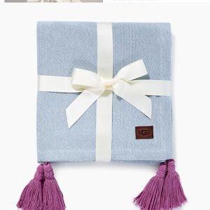 Ugg Skylar Tassle Throw Blanket Blue